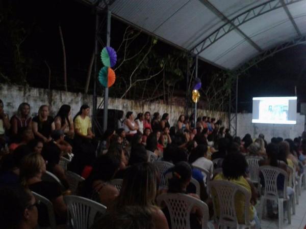 Escola Municipal Honorina Tito promove Cine Pipoca