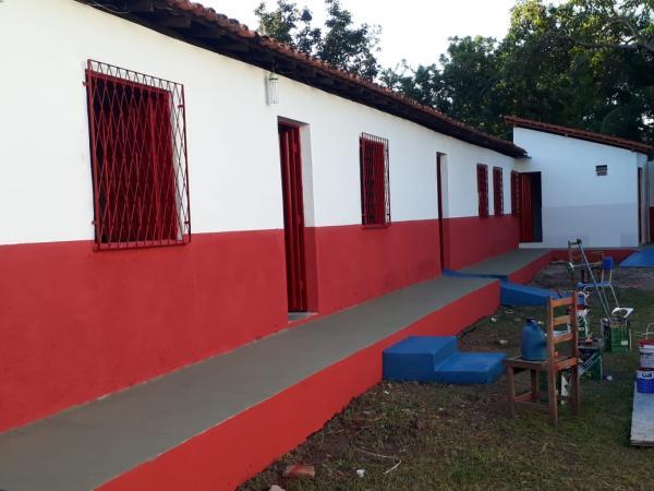 Governo municipal reforma escola de música em Barras PI
