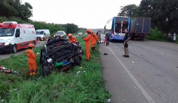 Ônibus da Guanabara colide em carro e deixa 5 mortos no Maranhão