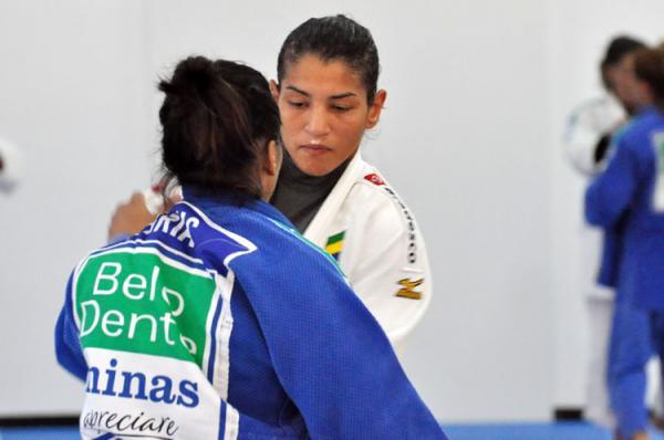 Sarah Menezes é eliminada na estreia no GP de Judô da China