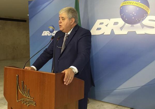 O governo começará a aplicar multas no valor de R$ 100 mil por hora parada