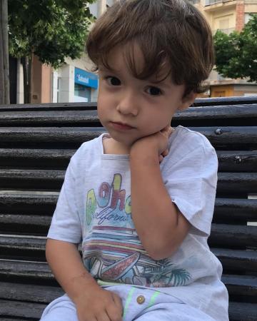 Simaria posta clique raro do filho caçula e encanta nas redes sociais