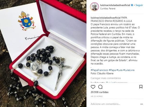 Vaticano desmente PT e afirma que Papa não enviou terço para Lula