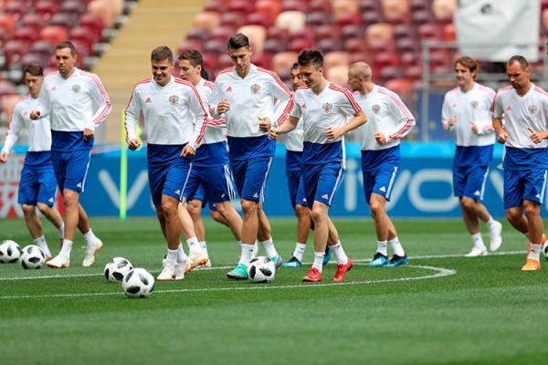 Rússia e Arábia Saudita abrem Copa do mundo hoje às 12:00hs