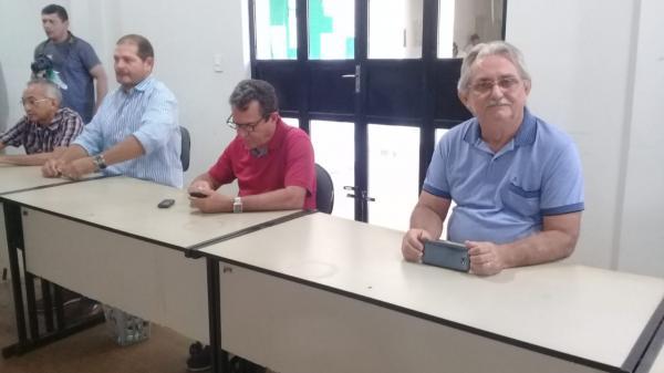 Prefeito de Barras PI participa de reunião do CITICOCAIS