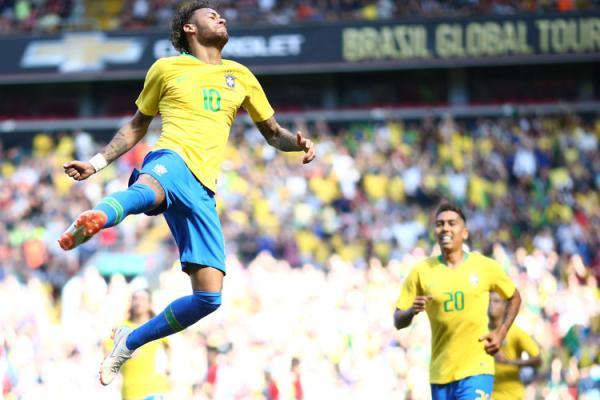 Neymar Jr está otimista com relação ao jogo contra a Suíça