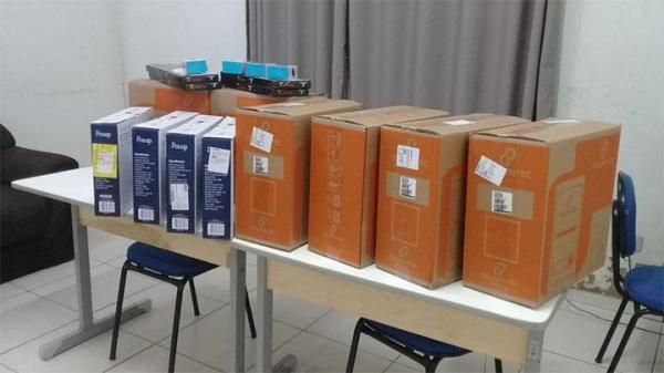 Secretaria municipal de educação adquire novos computadores para Tecnologia da Informação