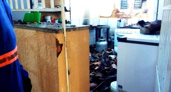 Explosão de botijão de gás destrói cozinha de CAPS em Batalha