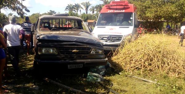 Carro capota e mata motorista na zona rural de Barras