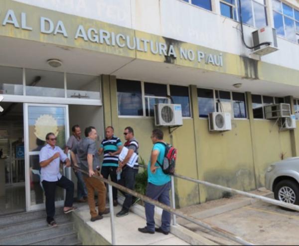 Quadrilha saca Seguro Defeso de pescadores de Cabeceiras do Piauí e de mais 7 cidades