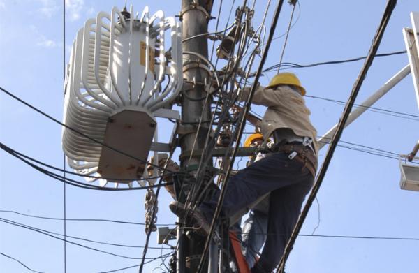 Deputado diz que cortes de energia da Eletrobras Piauí são inconstitucionais
