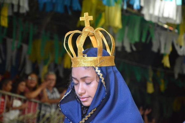 Segunda noite do Festival Folclórico de Barras