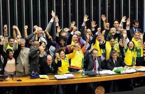 Câmara aprova aumento no piso salarial de agentes de saúde