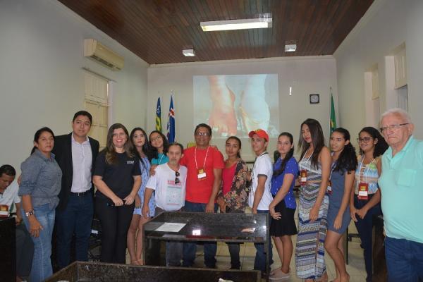 Iniciou na manhã de hoje as atividades do Primeiro Festival da Juventude Barrense