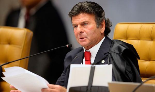 TSE poderá julgar Lula antes do início do horário eleitoral