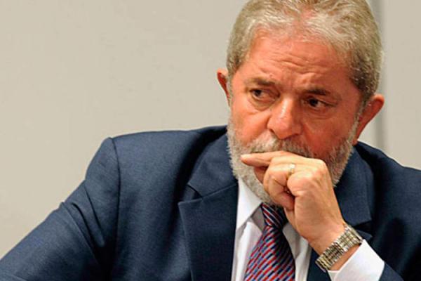 STJ nega outro recurso para suspender prisão de Lula