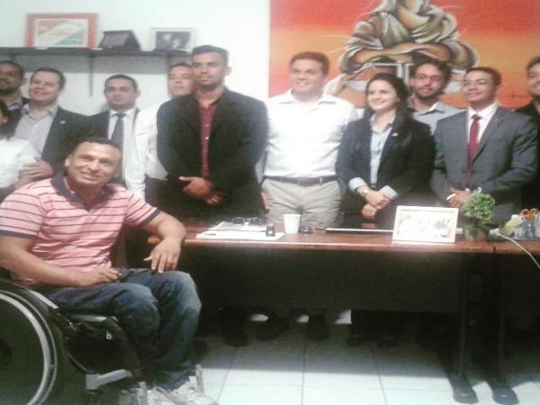 Nova geração da advocacia barrense tem reunião com Conselheiro Federal da OAB em Barras PI