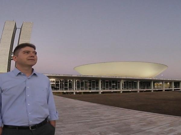 Rodrigo Martins oficializa a retirada de sua candidatura