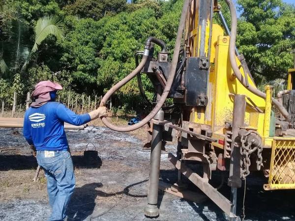 Governo municipal começa a Perfuração de Poço tubular no assentamento Tipis