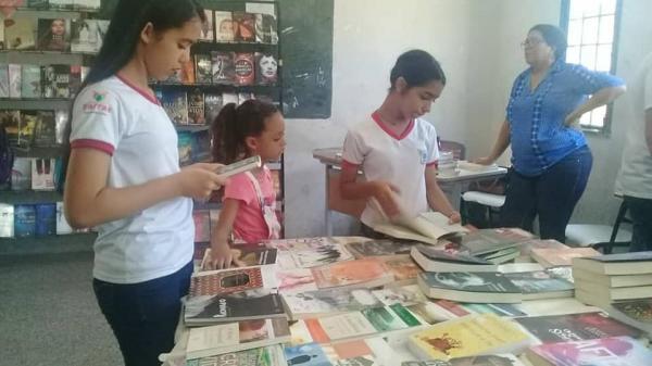 I Feira Literária aconteceu em Barras PI 177 anos