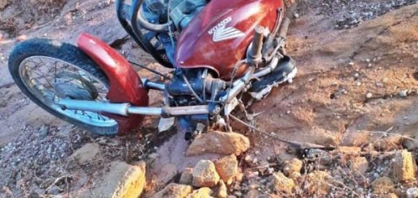 Homem morre após perder controle de moto na PI 243