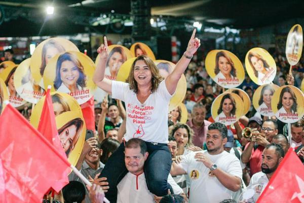 Deputada Janaínna Marques apoiada por Carlos Monte em Barras PI é reeleita Deputada Estadual com mais de 41 mil votos
