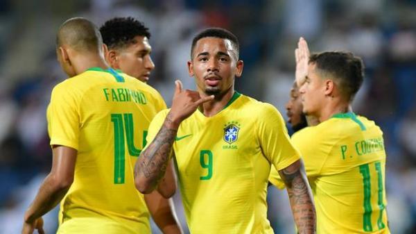 Gabriel Jesus desencanta e Neymar vira garçom em sonolenta vitória do Brasil de 2 a 0 sobre a Arábia Saudita