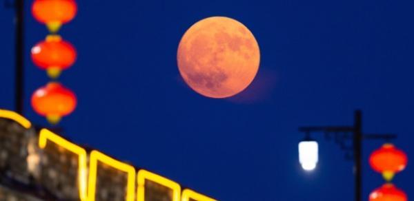 China pretende lançar lua artificial para iluminar cidade durante a noite