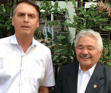Bolsonaro diz que Elmano será representante do Piauí no planalto