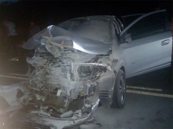 Amigos sofrem acidente de carro a caminho do velório de médico
