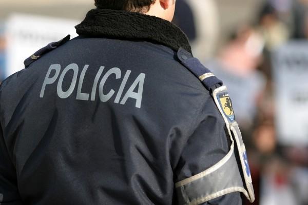 Policial é condenado por cobrar de vítima R$ 50 para ter advogado