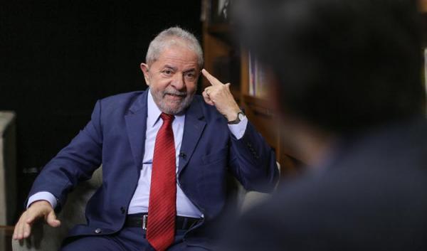 Defesa de Lula prepara habeas corpus com base em nomeação de Moro