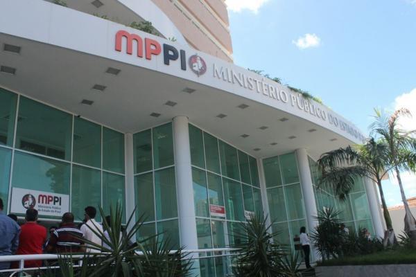 MP-PI abre inscrição de concurso para promotor substituto com salário de R$ 24 mil