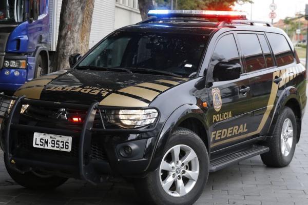 Operação da Polícia Federal tem como alvo deputados do RJ