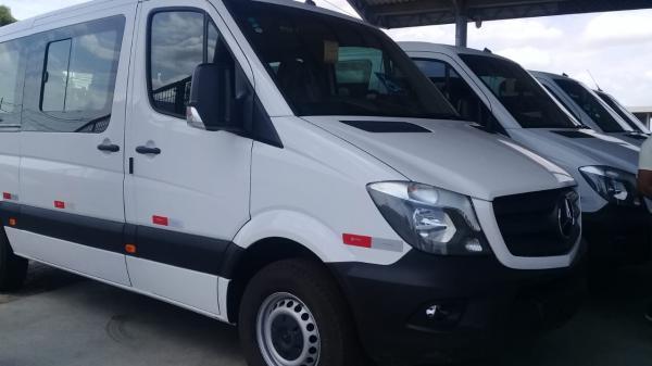 Carlos Monte consegue 4 vans para cidade de Barras PI adaptadas para deficientes