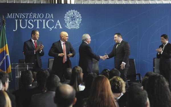 Defensoria Pública pede à Justiça manutenção de regras do Mais Médicos