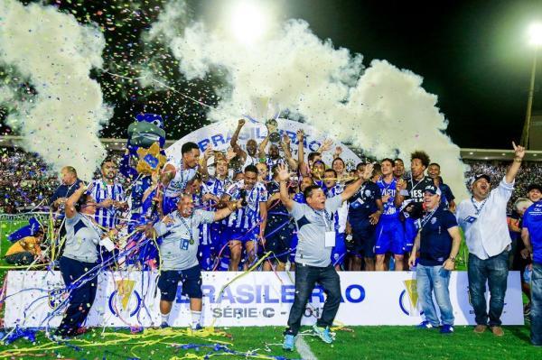 CSA é o primeiro time do Brasil a conseguir três acessos seguidos, da Série D para a Série A
