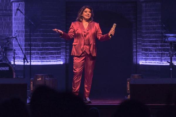 Roberta Miranda revela que já namorou travesti
