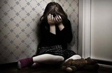 Criança de 11 anos sofre estupro coletivo e é encontrada nua na zona Norte