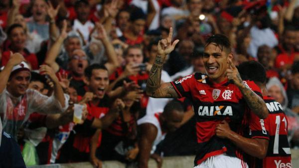 Atlético-PR vira sobre o Flamengo na despedida de Paquetá