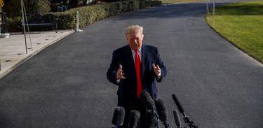 Trump suspende plano de aumentar tarifas para produtos da China
