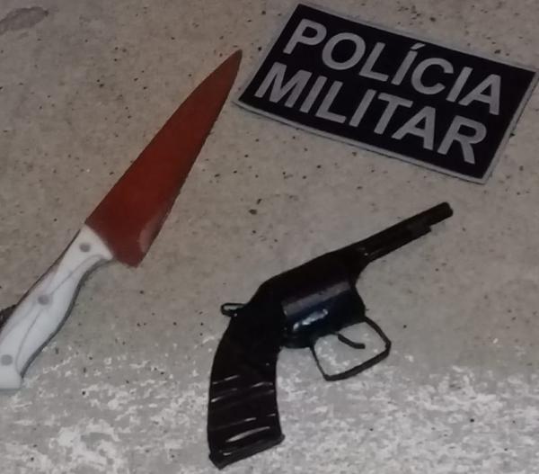 Suspeitos de assaltos são flagrados com arma de brinquedo durante blitz em Campo Maior