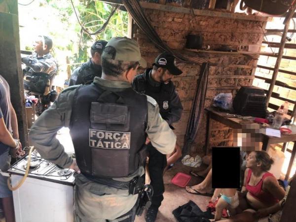Mulher é presa após tentar trocar a filha de dois anos por drogas, no Piauí