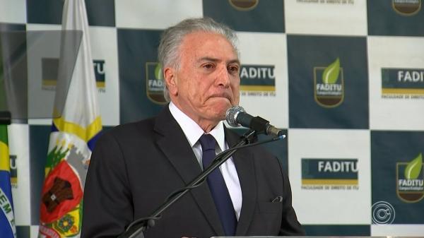 Colunista diz que Temer está com medo de ser preso após deixar Planalto.