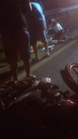 Mototaxista morre após colisão frontal na ponte do Rio Longá