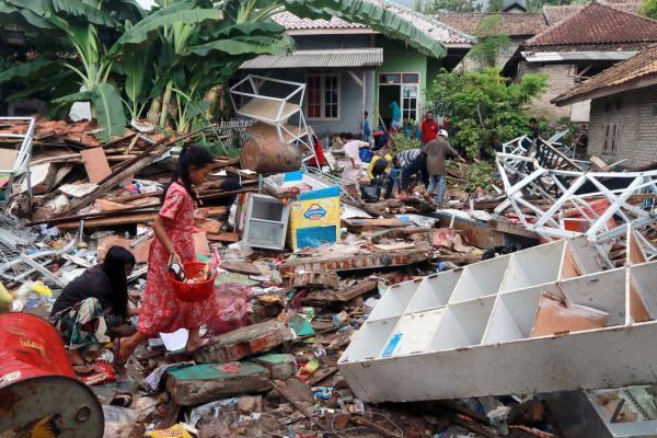 Sob risco de segundo tsunami, Indonésia está em alerta