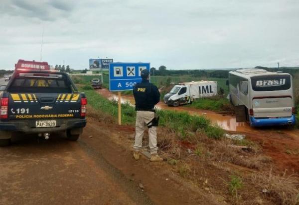 Acidente na BR-020 mata 3 adultos e 2 crianças que vinham passar fim de ano no Piauí