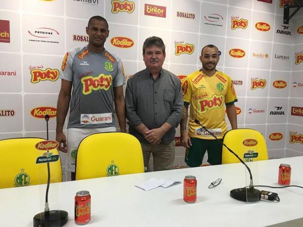Após acesso com o Goiás, Tiago Cardoso é contratado pelo Mirassol (SP)