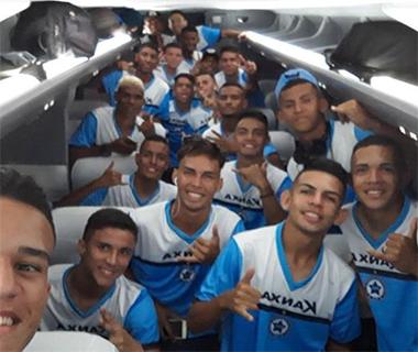 Parnahyba viaja para a Copa São Paulo de Futebol Júnior e recebe apoio do São Caetano