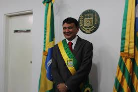 Em discurso, governador diz que Lula é grande líder e buscará Bolsonaro
